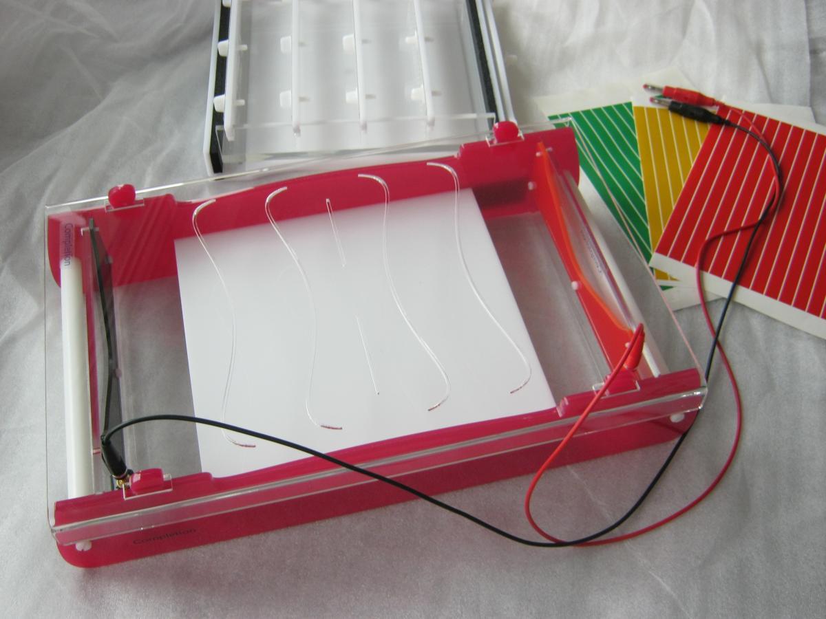 ciecie giecie klejenie plexi 07 - Realizacje detale, elementy maszyn i urządzeń, urządzenia