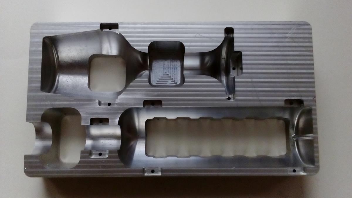 forma do termoformowania 05 - Wykonywanie detali projektowanie urządzeń