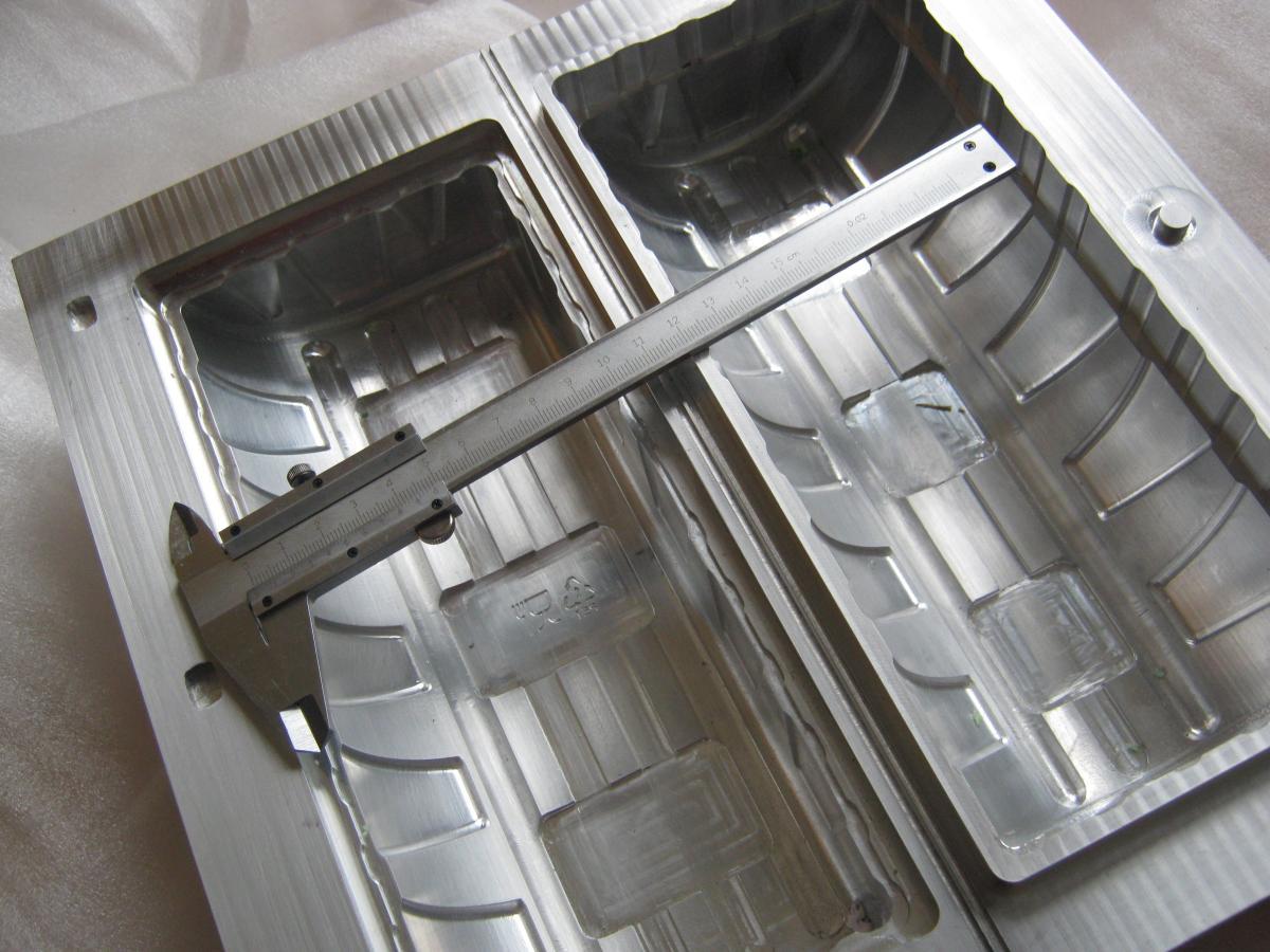 forma do termoformowania 10 - Realizacje detale, elementy maszyn i urządzeń, urządzenia