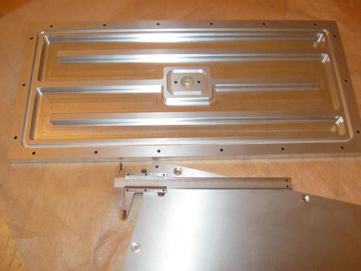 stol chlodzacy wezownica frezowanie 02 - Realizacje detale, elementy maszyn i urządzeń, urządzenia
